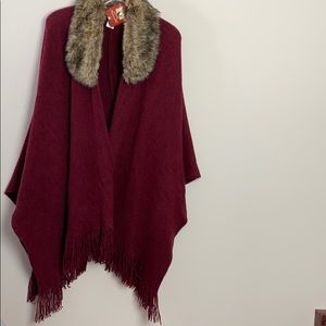 NWT Faded Glory wine coloured fur collared…